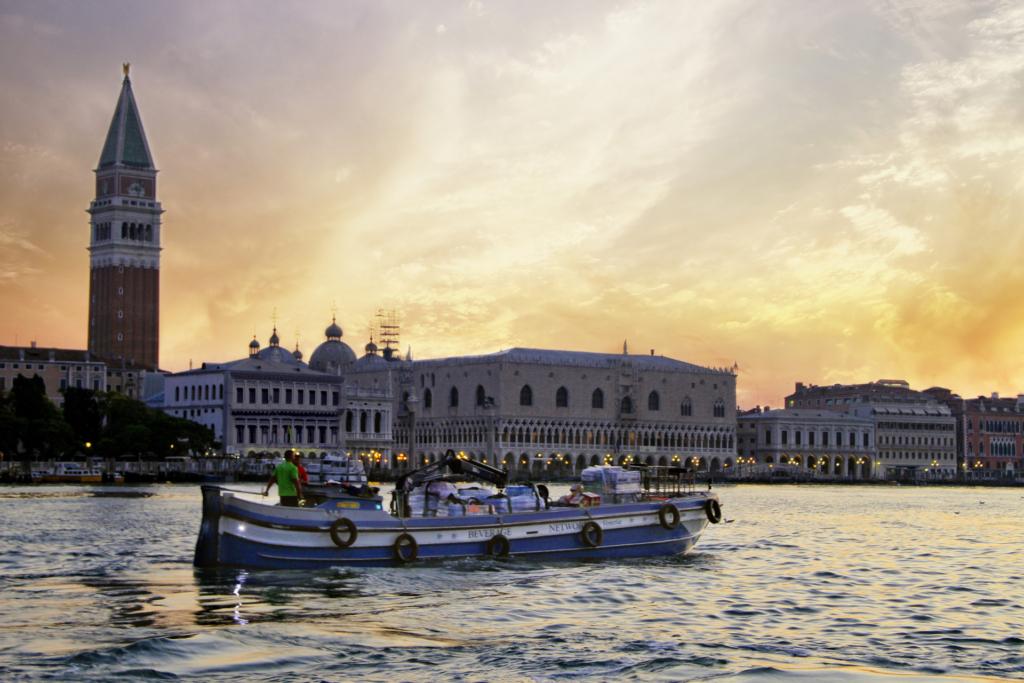 Imbarcazione a Venezia
